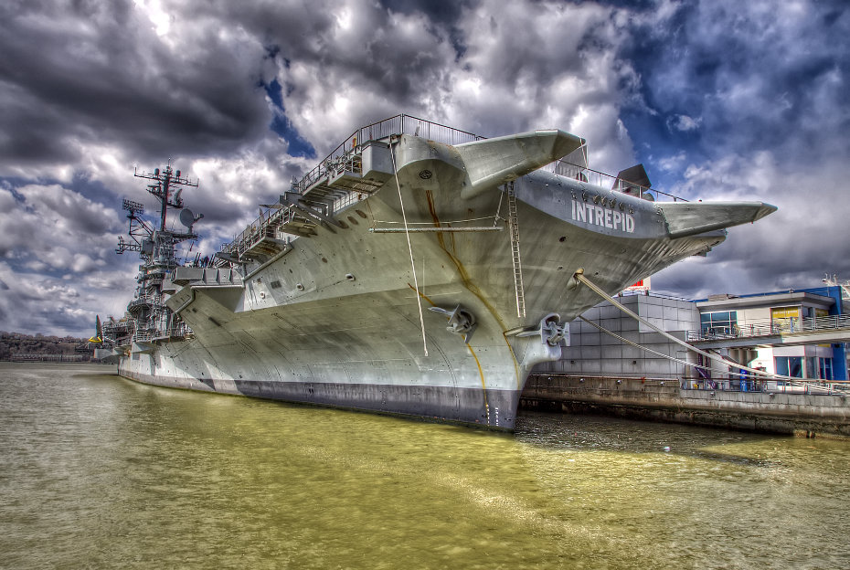 USS INTREPID AT PIER 86